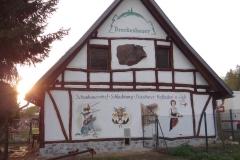 Brockenbauer mit rotem Harzer Höhenvieh